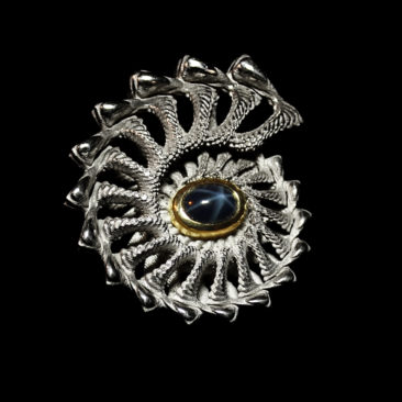 Image of 3D ammonite shell with sapphire centre design by unellenu (front)